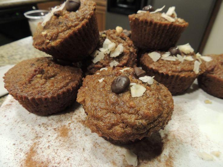 Pumpkin Dark Chocolate Chunk Muffins #movementmenu #lifestyle # ...