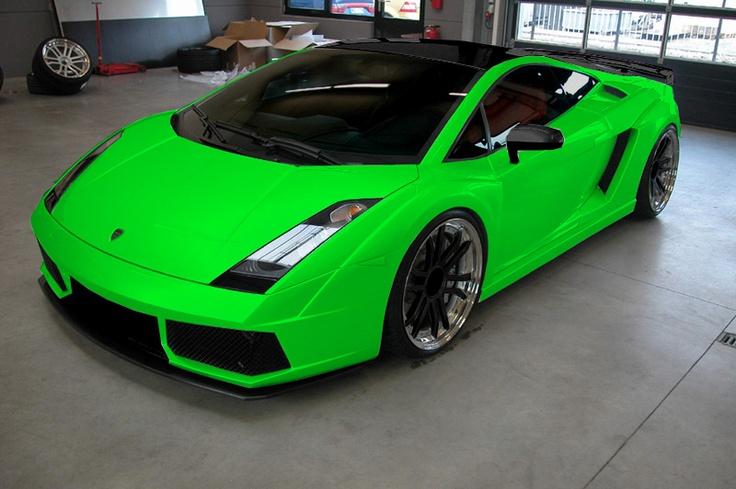 Beautiful Lime Green Ferrari 7