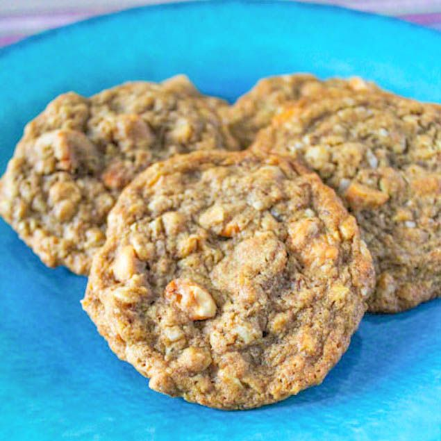 Honey Roasted Peanut Butter Oatmeal Scotchies. These cookies have it ...