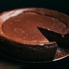 Guinness Chocolate Cheesecake} Ohhhhh. #FathersDayGift