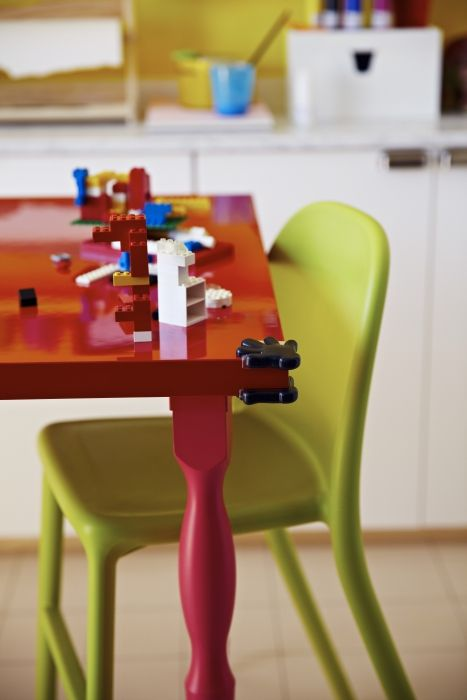 Ikea Leksvik Kinderbett Preis ~   pointy table corners with a helping hand from PATRULL corner bumpers