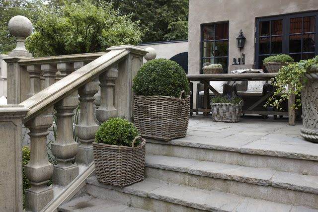 stone with baskets used for boxwood