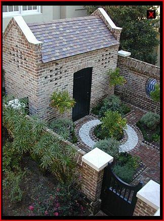 Beautiful small courtyard dreamy gardens pinterest for Beautiful courtyard gardens