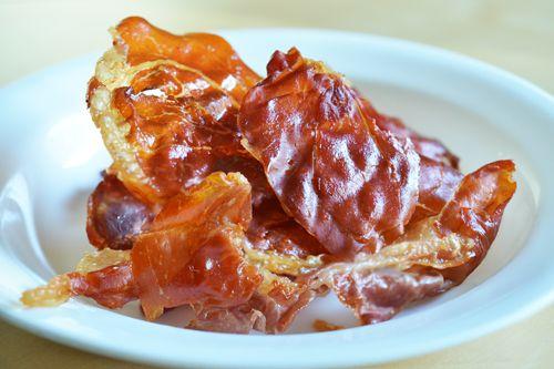 Porkitos! (a.k.a. Crispy Prosciutto Chips)   Nom Nom Paleo