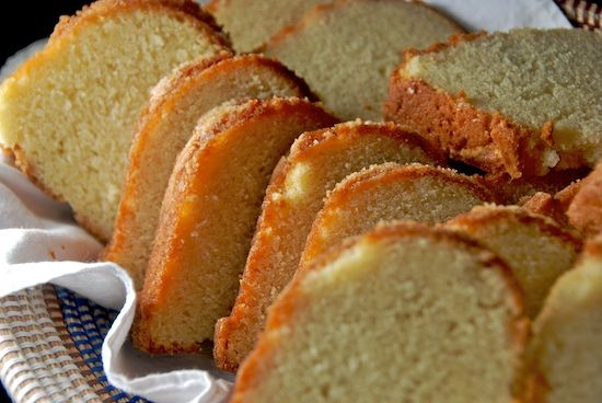 grandmother paula's sour cream pound cake (from paula dean)