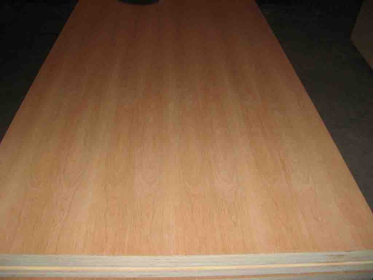 Red cherry plywood is be use for furniutre