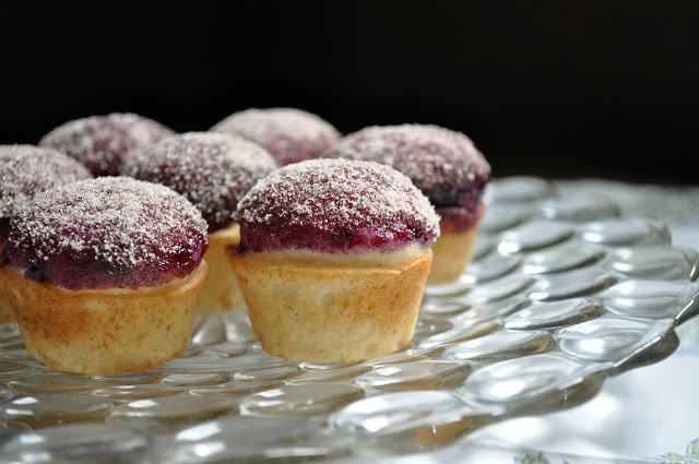 Blueberry Donut Muffins - The donut muffins have the texture of a cake ...