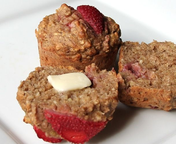 Strawberry Banana Oatmeal muffins | Recipes - some favorite, some to ...