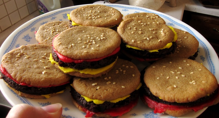 "PB cookie & brownie ""burgers"" 