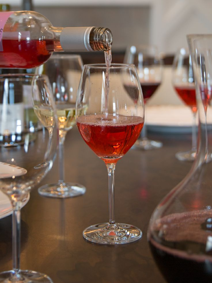 Join Paramour for their Guided Wine Tasting Series!