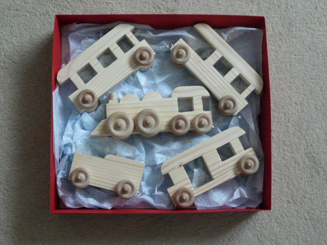 valentine box train