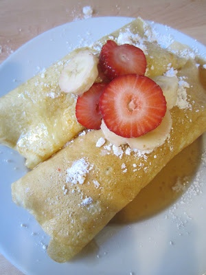 "Strawberry and Banana Crepes | ""Ooooooooo"" 