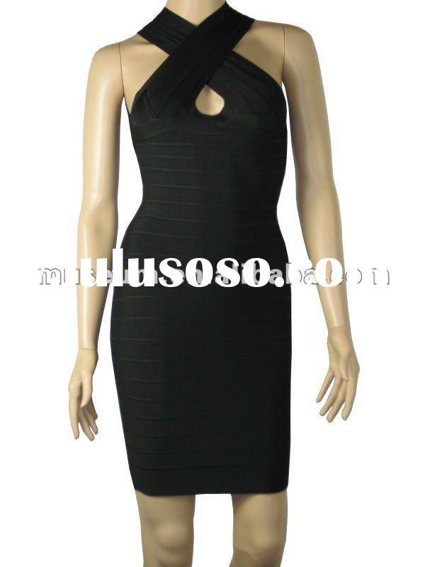 designer clothes plus size women....year round black dress