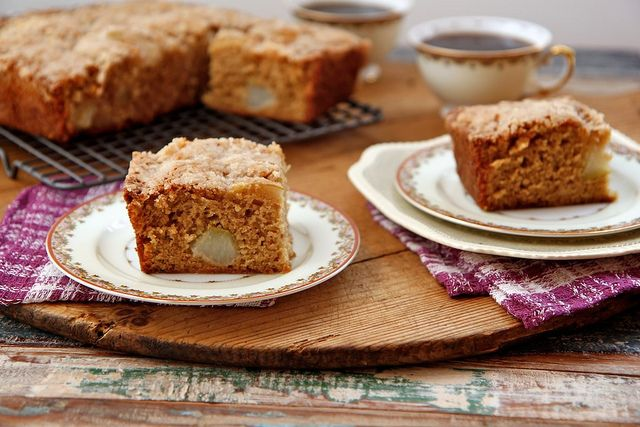 Pear Crumble Coffee Cake - read this and my mouth literally started to ...