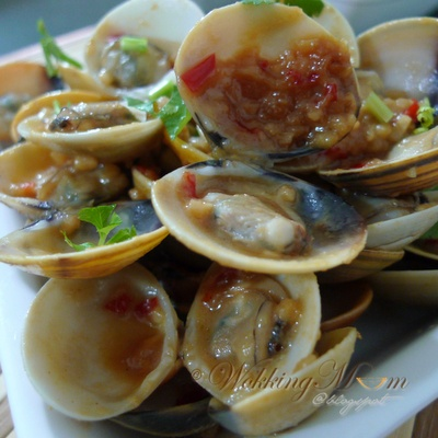Clams in #miso   Things to cook   Pinterest