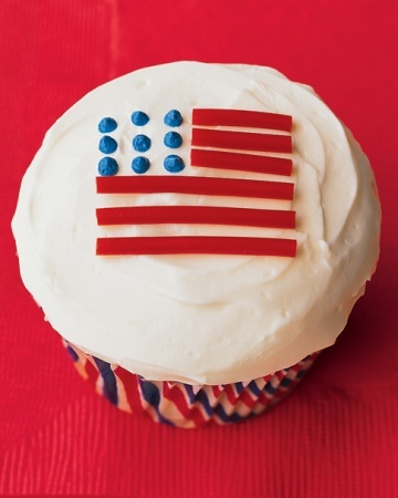 4th of july cupcake flag
