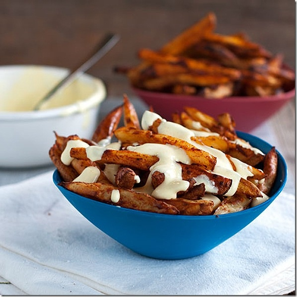 spicy fries with garlic cheese sauce | Let's Eat! | Pinterest