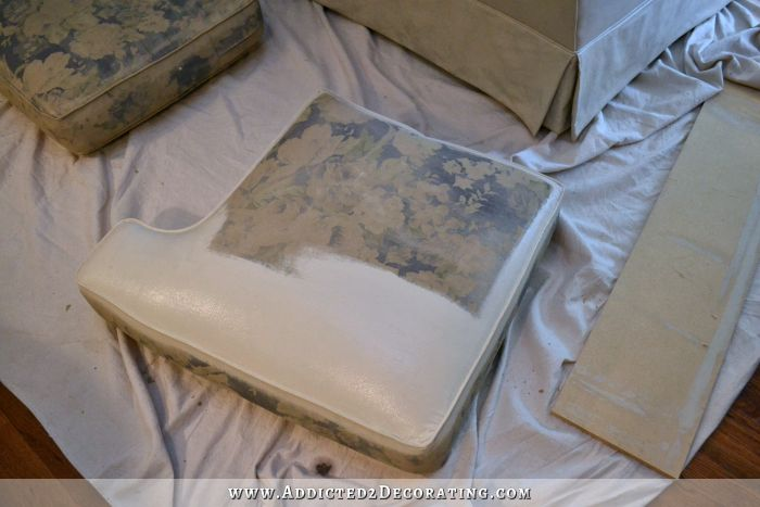 diy painted sofa 5 use fabric medium flat paint and maybe water. Black Bedroom Furniture Sets. Home Design Ideas