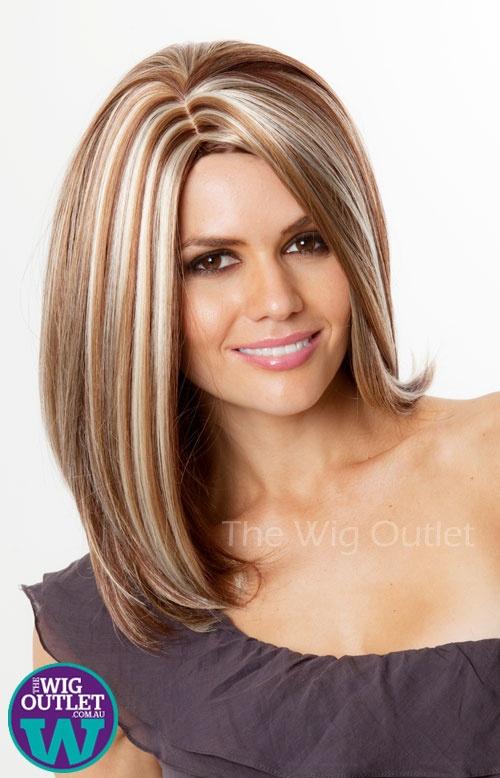 auburn and chunky blonde streaks | Cute hair color/cuts | Pinterest