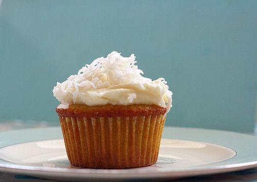 Gluten Free Lemon Coconut Cupcakes | Recipe