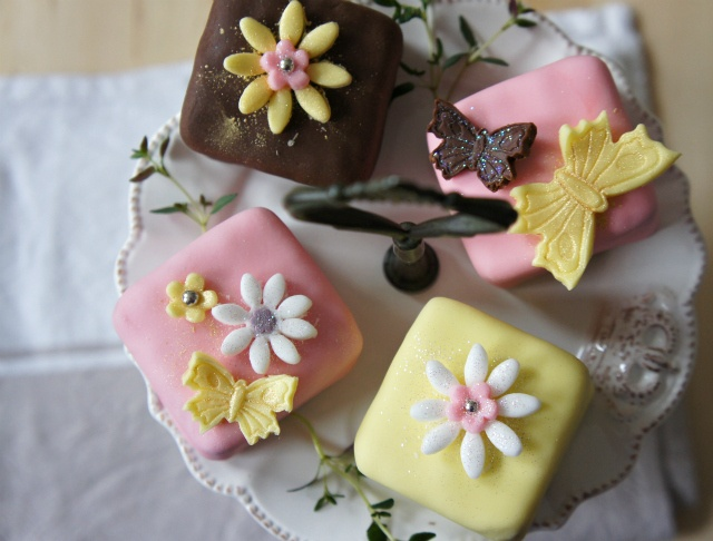 Chocolate and Pistachio Petits Fours | Food - Cake | Pinterest