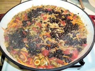 Black Bean & Olive Spanish Rice | FOOD! DRINK! | Pinterest