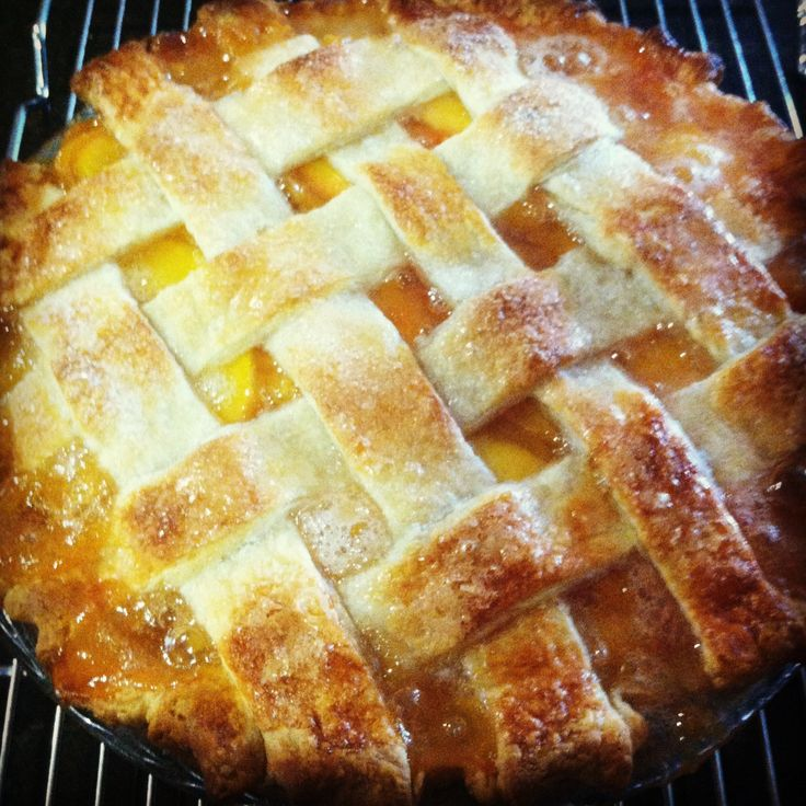 Homemade lattice-top peach pie | Desserts | Pinterest