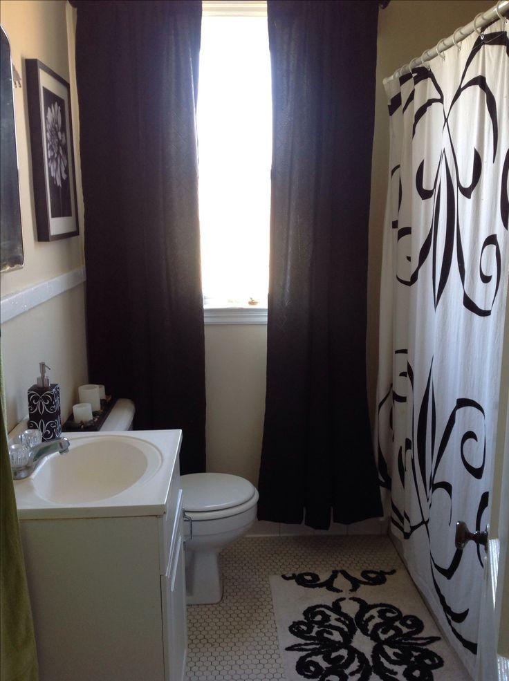 Small bathroom black and white decor specs price Small black and white bathroom