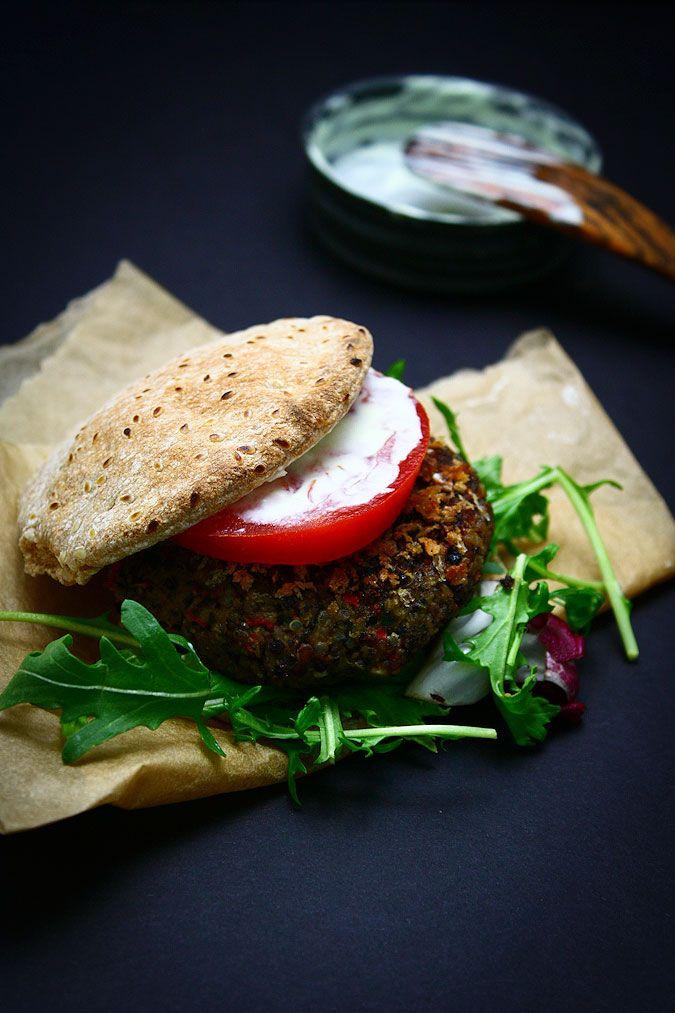 Black bean & quinoa burger. Fell in love with black bean burgers over ...
