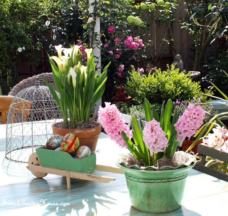 Afrenchgardenhouse eastersnowball outdoor areas and for Outdoor easter decorations for the home
