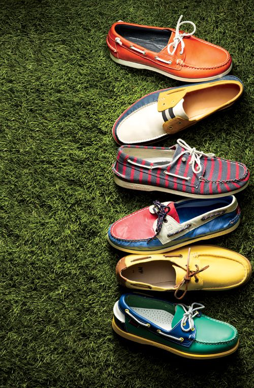 modern boat shoes...  want a pair for summer!