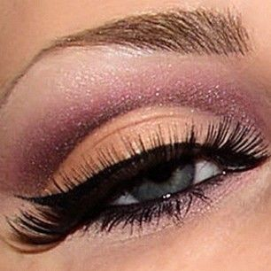 Peach and pink eye makeup