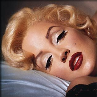Classic #Marilyn #pinup #makeup