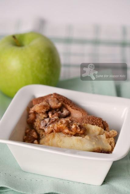 apple walnut cake traditional apple walnut charoset apple walnut torte ...