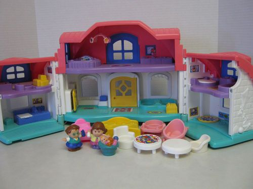 Fisher Price Little People Sweet Sounds Doll House Furniture