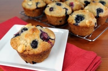 Blueberry and White Chocolate Muffins — Punchfork