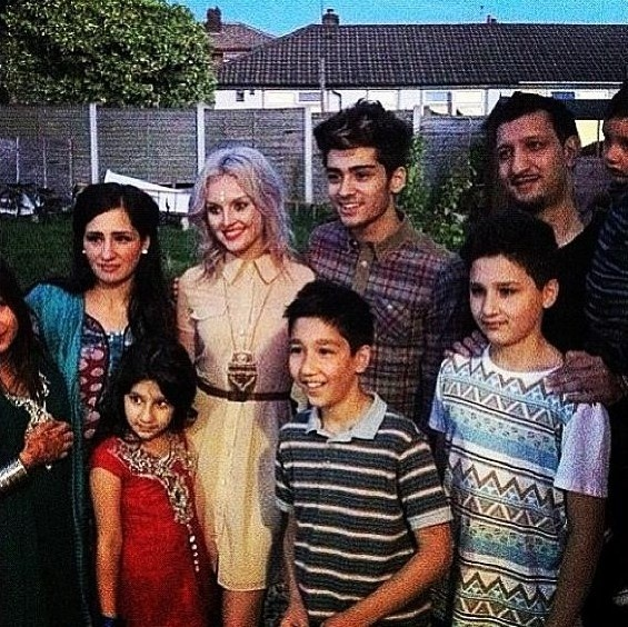 Zayn Malik Family Pictures Perrie Edwards and Zay...