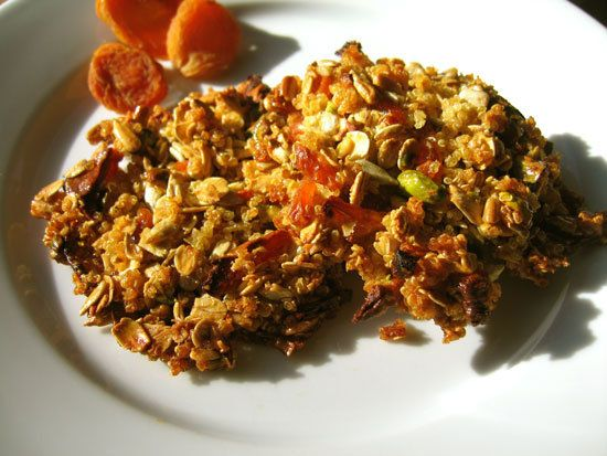Quinoa, Apricot, and Nut Clusters: These quinoa, apricot, and nut ...