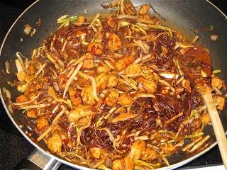 ... Arepas to Zwetschgen: Suriname: Bami (Stir-Fried Noodles with Shrimp