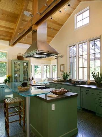 A previously pinned vaulted ceiling idea from better homes for Vaulted ceiling kitchen designs