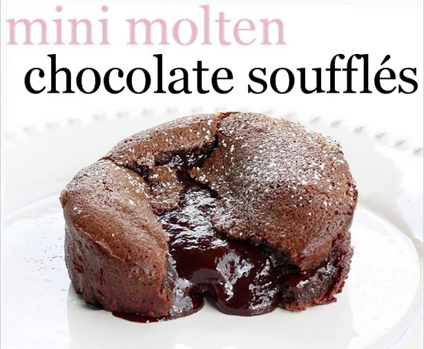 the.well.traveled.wife: mini molten chocolate soufflés