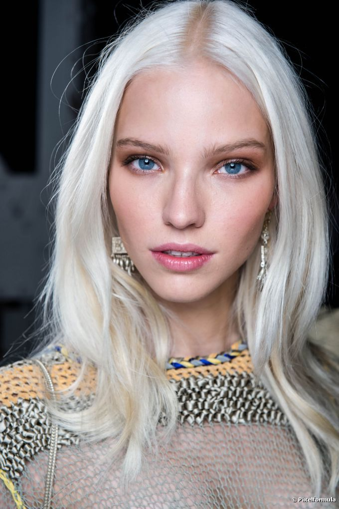 7 Super Easy Hairstyling Tricks to Get Thicker-LookingStrands 7 Super Easy Hairstyling Tricks to Get Thicker-LookingStrands new images