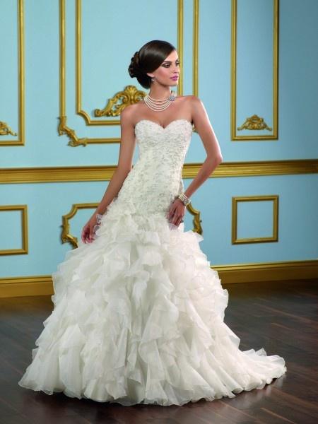 Hochzeitskleid Spitze 377,00 €  Brautkleider Online  Pinterest