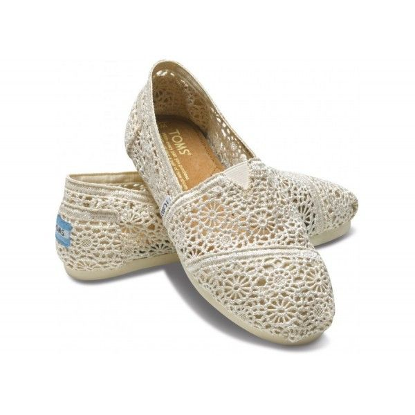 Toms outlet store. Natural crochet classics at only $25