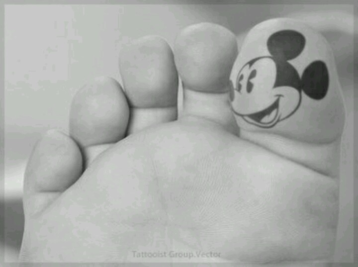 mickey mouse foot tattoo nice tats pinterest. Black Bedroom Furniture Sets. Home Design Ideas