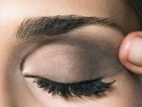 10 tips on how to apply eye makeup