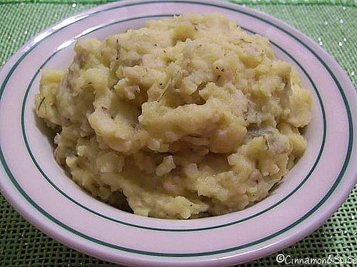Apple Cheddar Mashed Potatoes