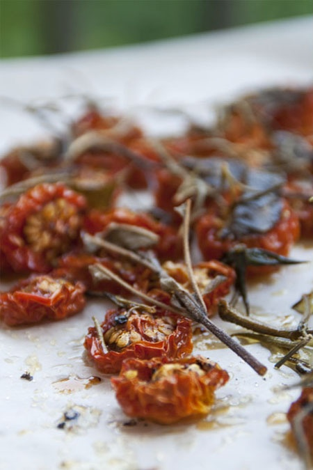 slow roasted tomatoes | BE'WICHED 'SANDWICH & BURGERS | Pinterest