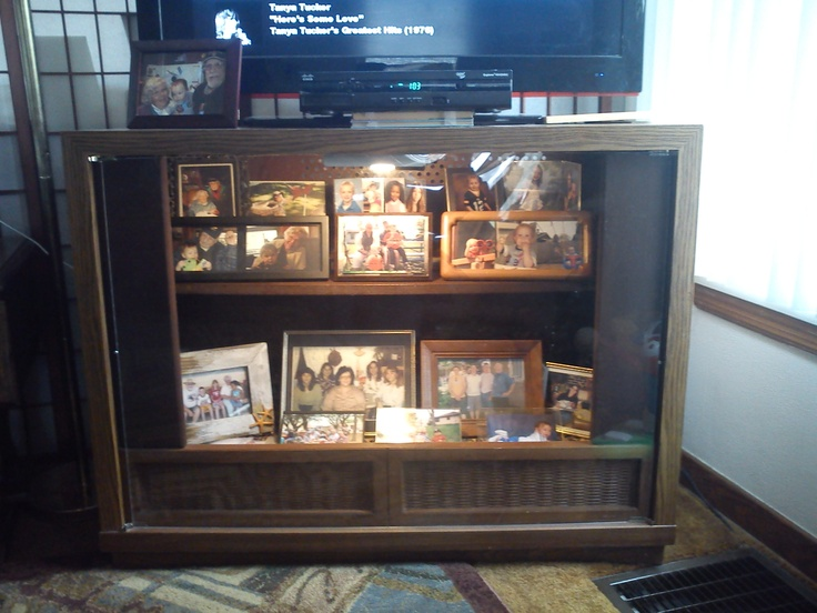 Repurposed Console Tv Cabinet : Old Console Television Gutted And Repurposed  Into A Lit