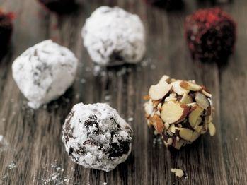milk-chocolate-almond-truffles